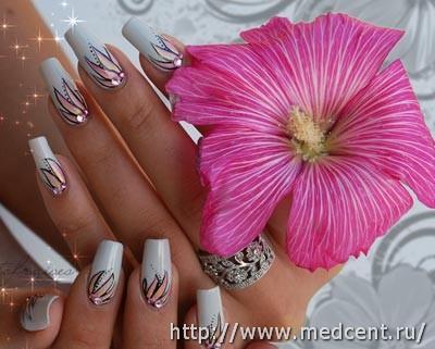 Цветы на ногтях: 30 фотографий для начинающих 13