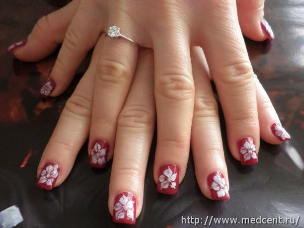 Цветы на ногтях: 30 фотографий для начинающих 24