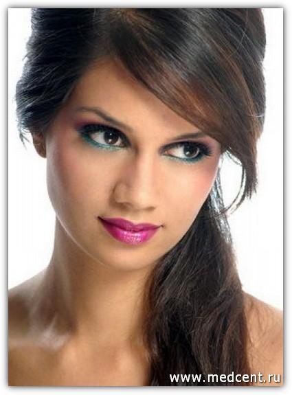 Макияж для карих глаз брюнеток: фото №10