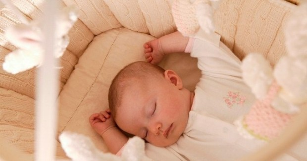 Новорожденный ребенок пукает часто